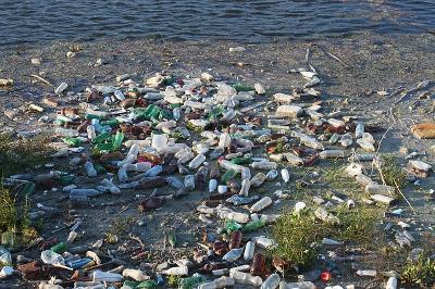 2018 06 plastique UE bottles 87342 pixabay