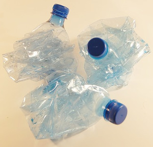 2018 06 plastique UE plastic bottles 621359 pixabay