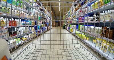 2018 06 plastique UE supermarket 2158692 pixabay